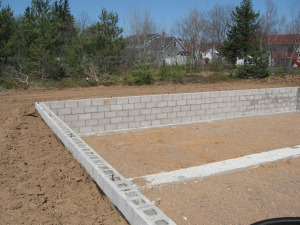 Building a home foundation style and method for How to build a crawl space foundation for a house